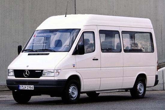 оригинальный автобус Mercedes-Benz Sprinter 1-го поколения