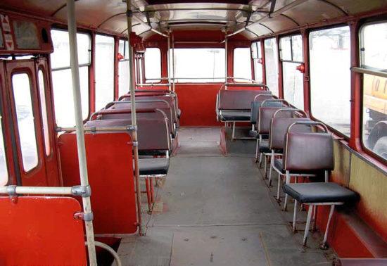 пассажирский салон ЛиАЗ 677