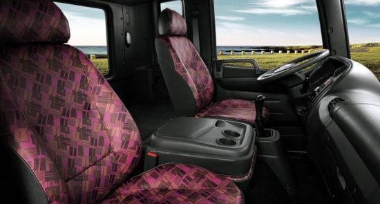 интерьер кабины Hyundai HD120