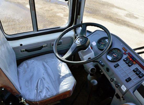 в кабине ПАЗ-3205