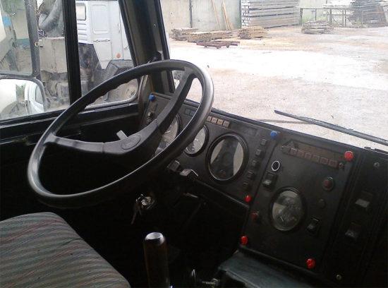 интерьер салона МАЗ-6303