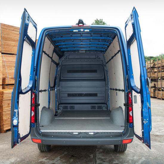 грузовой отсек Volkswagen Crafter 1 Van