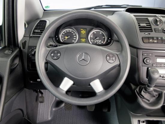 интерьер Mercedes-Benz Vito Van (W639)