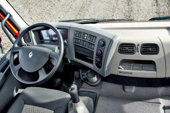 интерьер кабины КрАЗ-6230С4-330 Караван