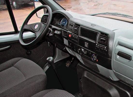 в кабине ГАЗ-33106 Валдай