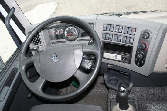 интерьер салона кабины КрАЗ C20.2R