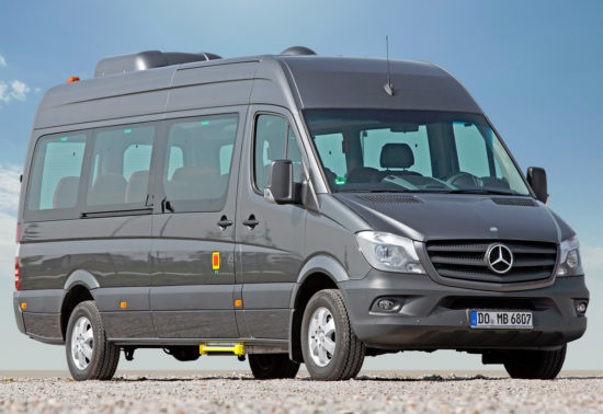 микроавтобус Mercedes-Benz Sprinter 2 (W906)