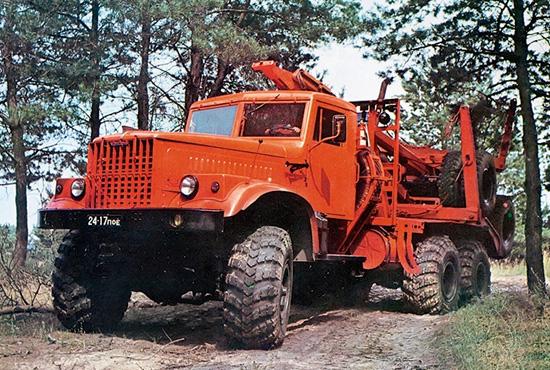 КрАЗ-255Л (лесовоз-тягач)