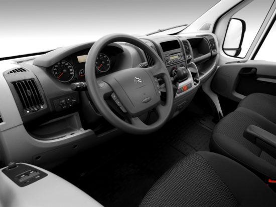 интерьер кабины Citroen Jumper 2 Van