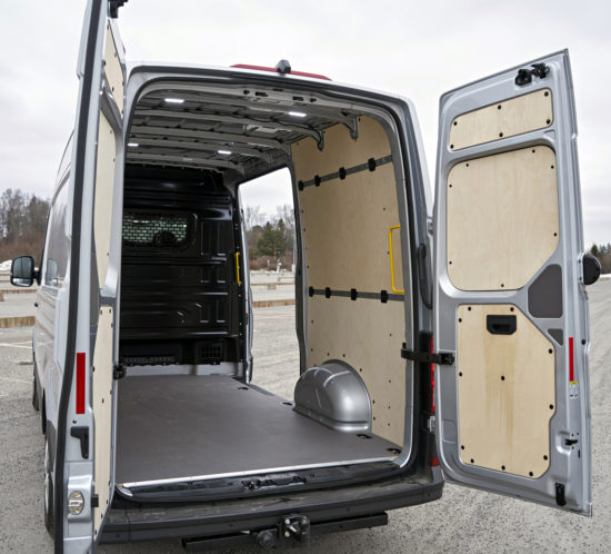 грузовой отсек цельнометаллического Volkswagen Crafter 2 Van