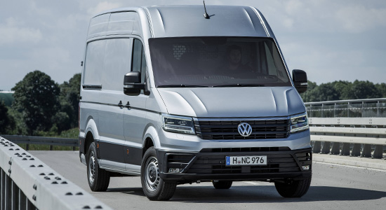 VW Crafter Van (2020-2021) на IronHorse.ru ©