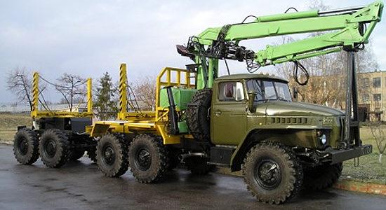 Урал-4320 (лесовоз) на IronHorse.ru ©