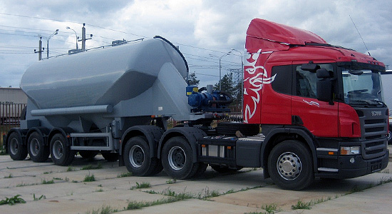 Scania P400 (тягач 6x4) на IronHorse.ru ©