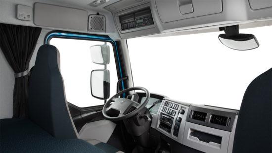 интерьер кабины тягача Volvo FE II