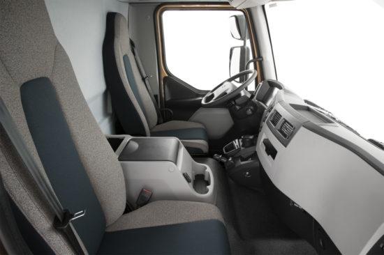 в кабине Volvo FL7 3-го поколения