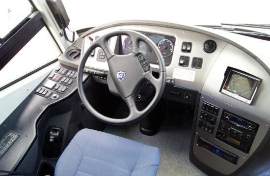 на месте водителя Scania Higer A80