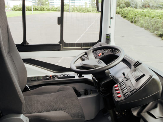 в кабине Volvo 7900