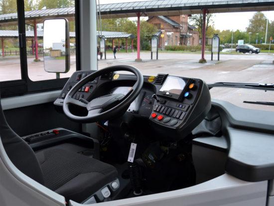 в кабине Volvo 8900