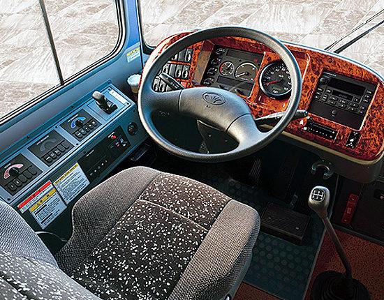место водителя Daewoo BS090