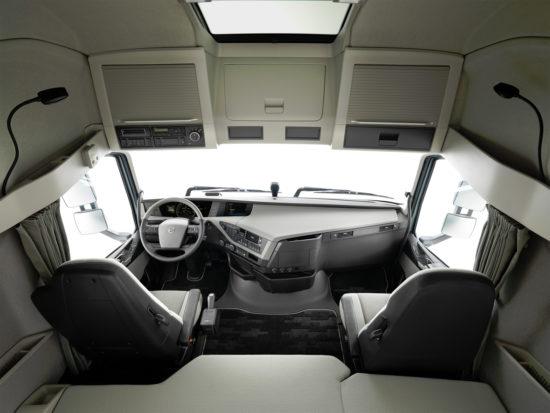 интерьер кабины Volvo FH13 III