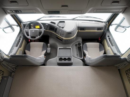 интерьер кабины Volvo FM 2-го поколения