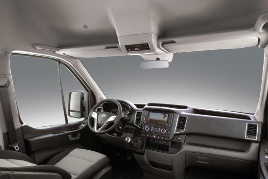 место водителя Hyundai H350 Minibus