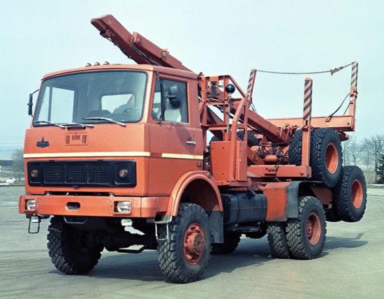 лесовоз МАЗ-5434 (1990 года)