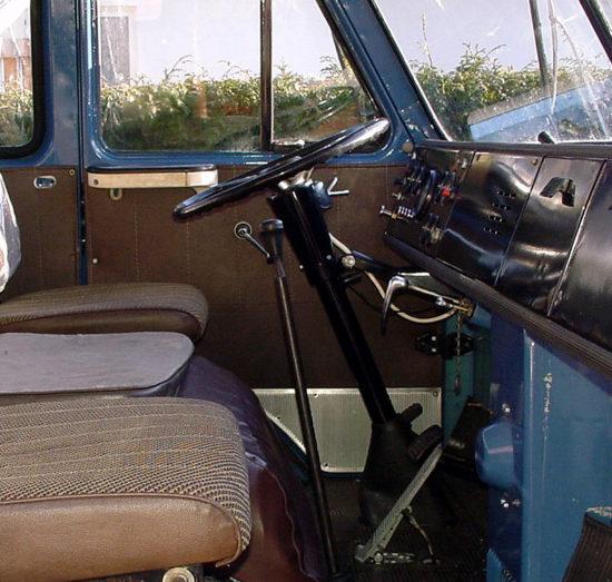в кабине МАЗ-500