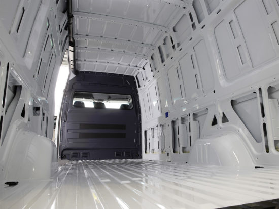 грузовой отсек Mercedes-Benz Sprinter 2 Van (W906)