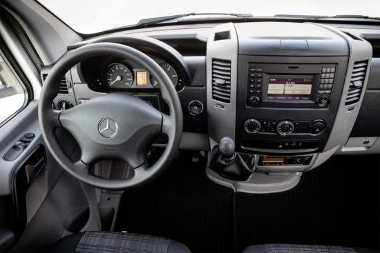 интерьер Mercedes-Benz Sprinter 2 Van (W906)