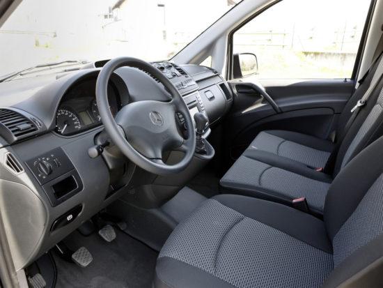интерьер Mercedes-Benz Vito (W639)
