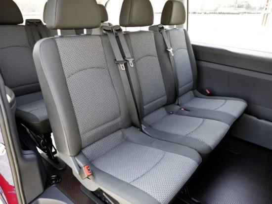 в салоне пассажирского Mercedes-Benz Vito (W639)