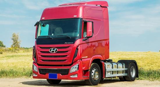 Hyundai Xcient 4х2 (тягач) на IronHorse.ru ©