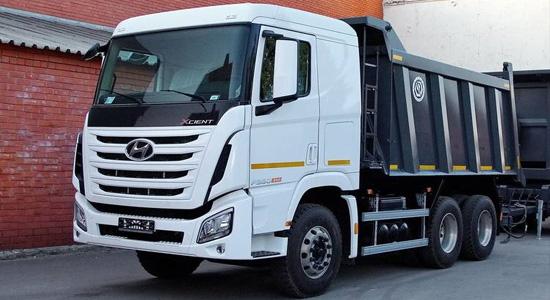 Hyundai Xcient 6x4 (самосвал) на IronHorse.ru ©