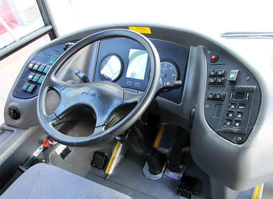 место водителя МАЗ-206