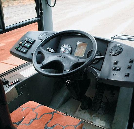 место водителя МАЗ-226