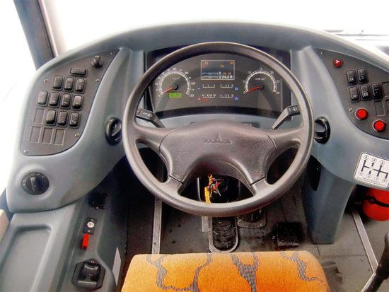 место водителя МАЗ-231