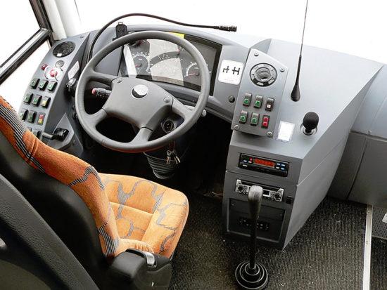 в кабине (место водителя) МАЗ-251