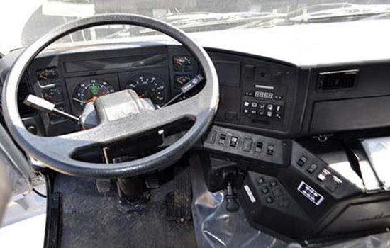 интерьер салона (кабины) МАЗ-5550