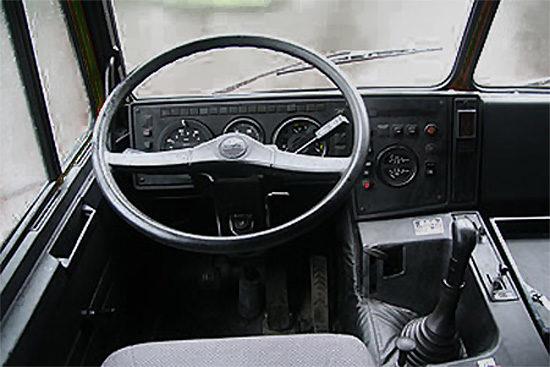 интерьер кабины МАЗ-6317