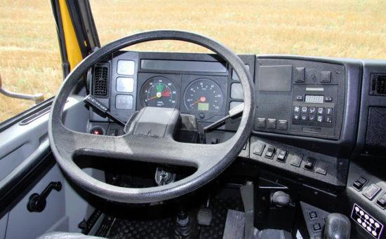 интерьер салона (кабины) МАЗ-6501