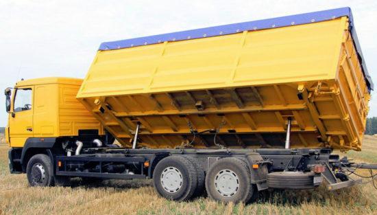 самосвал-зерновоз МАЗ-6501А8 Колос