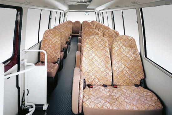 пассажирский салон Mitsubishi Fuso Rosa