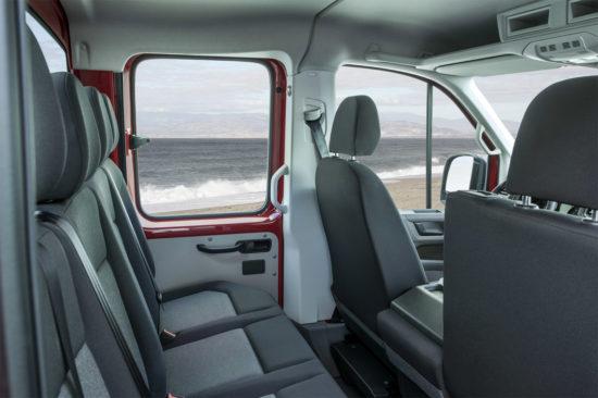 интерьер грузопассажирского Volkswagen Crafter 2 Pritsche
