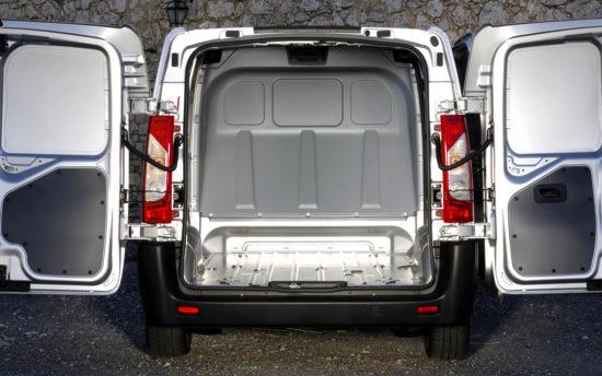 грузовой отсек Peugeot Expert 2 Van