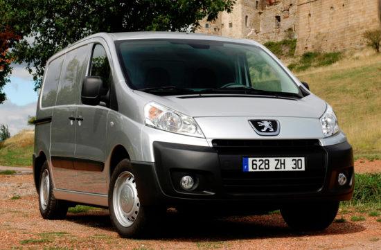 цельнометаллический фургон Пежо Эксперт 2 (2007-2011)