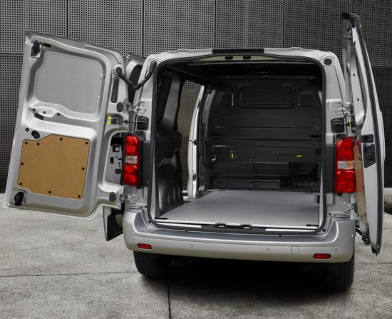 грузовой отсек Peugeot Expert 3 Van
