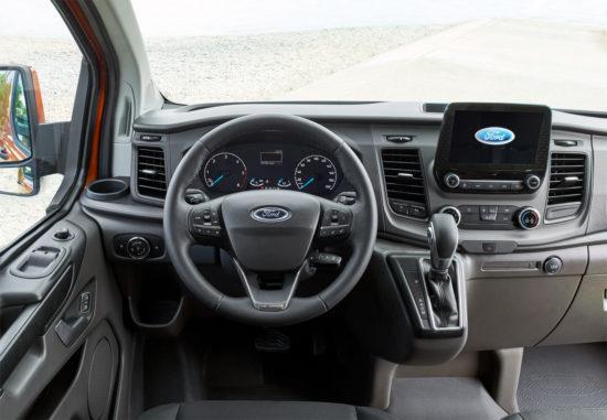 передняя панель Ford Transit Custom