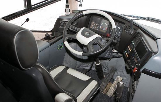 место водителя